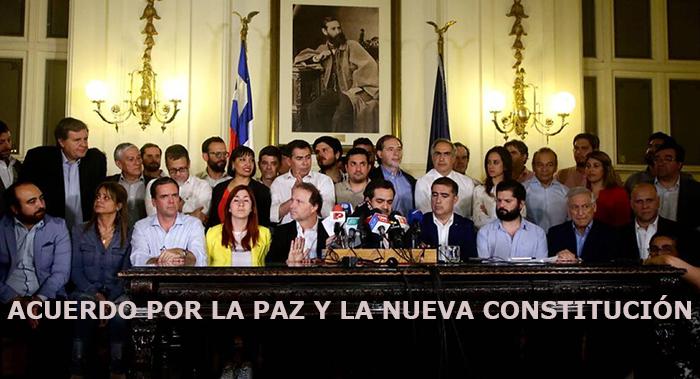 Fotografîa del anuncio del Acuerdo por la Paz y la Nueva Constitución